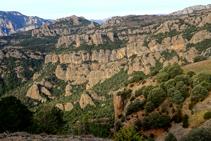 Las rocas de Les Encantades desde la sierra Seca.