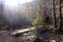Cruzamos a la otra orilla del río Cantó.