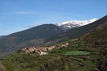 Vista de Pardines desde el vecindario de Puigsac.