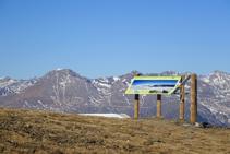 Montsent de Pallars y panel informativo.