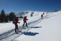 Desde la Portella, a unos 2.250m de altitud, ya podemos ver más cerca la cima de la Torreta del Orri.