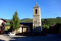 Plaza Major e iglesia de Sant Climent de Urús.