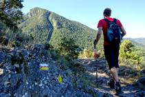Sobrepasamos la Roca de Urús y entramos en el barranco de Fontllebrera.