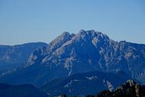 El Pedraforca (2.506m).