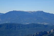 La sierra de Ensija con la Gallina Pelada (2.320m).