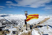 Cumbre de la Tossa Plana de Lles (2.905m).