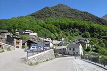 Entrada del pueblo de Capdella.