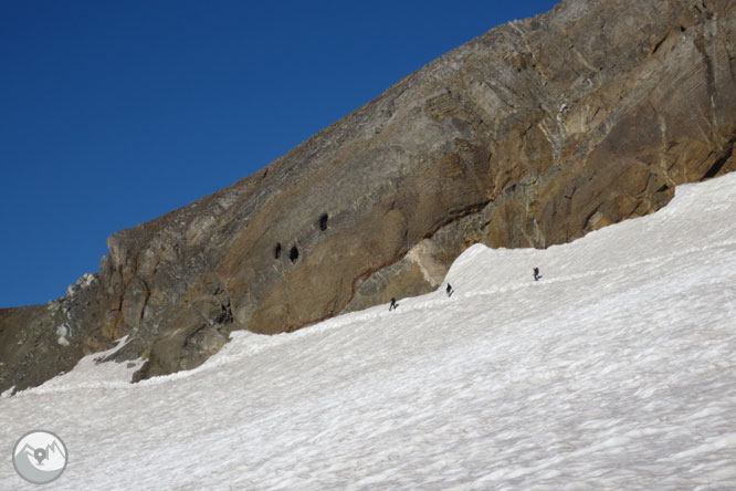 Del Gran Vignemale (3.298m) al Montferrat (3.219m) desde Ossoue 2