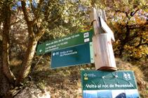 Señal indicadora en el punto de inicio de la ruta.