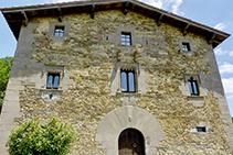 La masía del Avenc, una casa renacentista del siglo XVI.